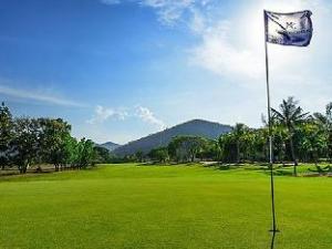 Majestic Creek Golf Club Resort