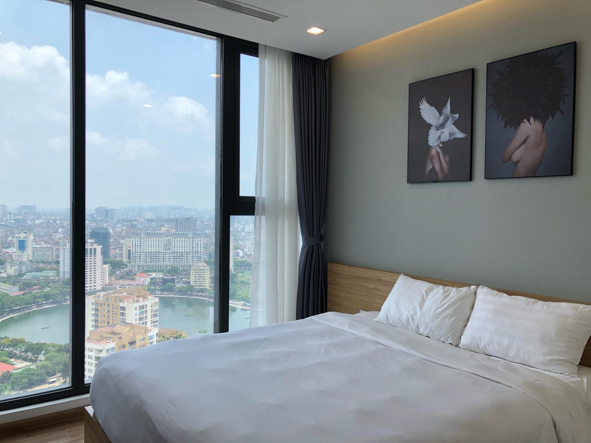 2 Bedrooms Vinhome Metropolis Near Lotte Center