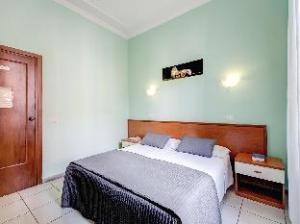 Alius Hotel