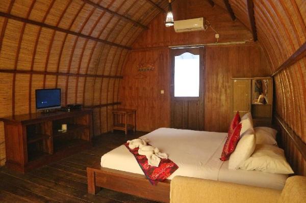 Bedsolving Hotels Beach Garden Bungalow Lombok