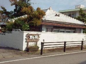 Guest House Churatabi Sesokojima