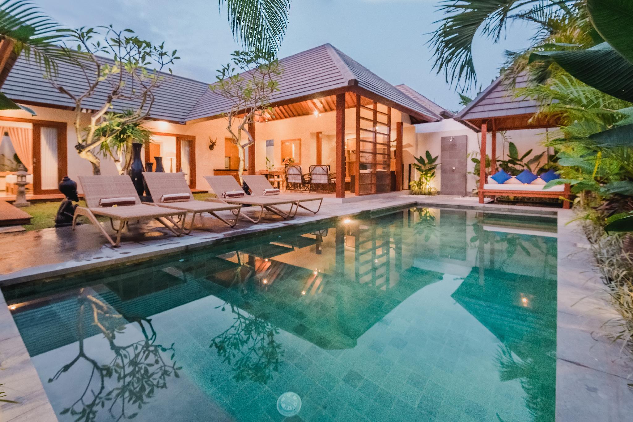 Elegant Villa With Huge Private Pool