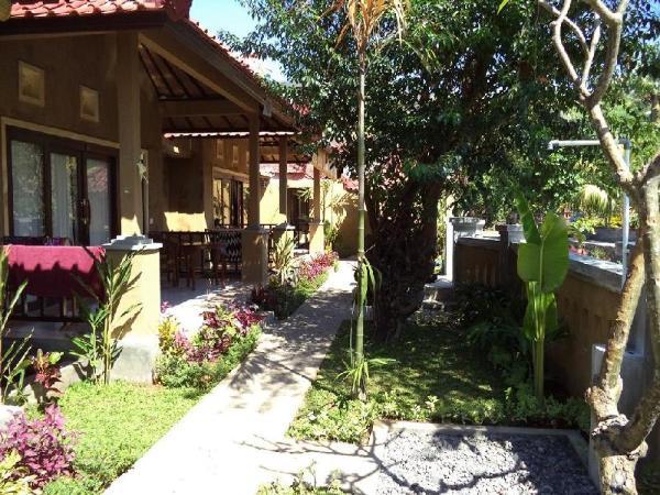 Bali Relaxs Homestay and Cafe Bali