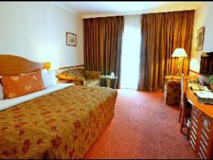 Golden Tulip Nizwa Hotel