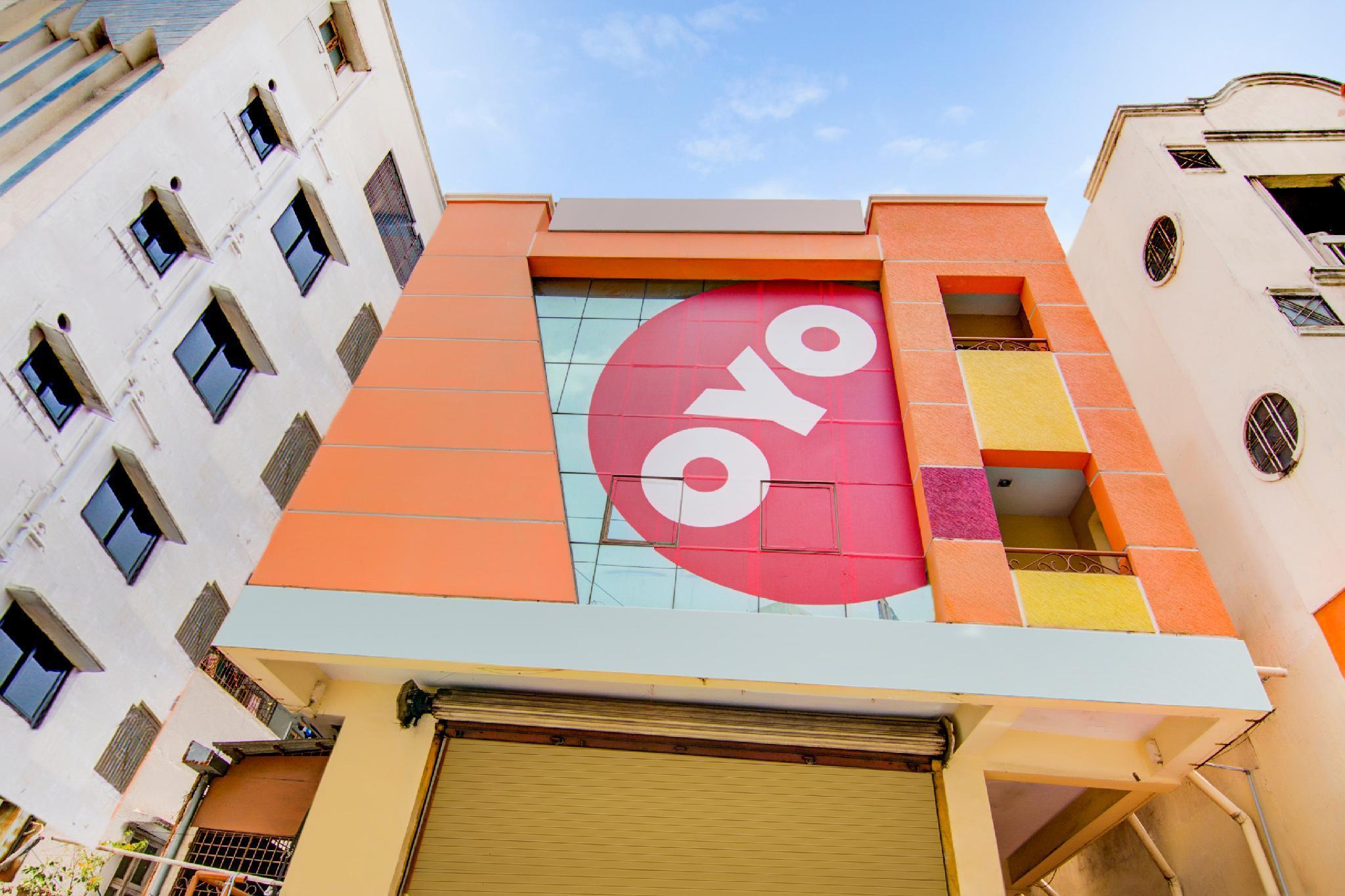 OYO 5660 Hotel Sree Residency