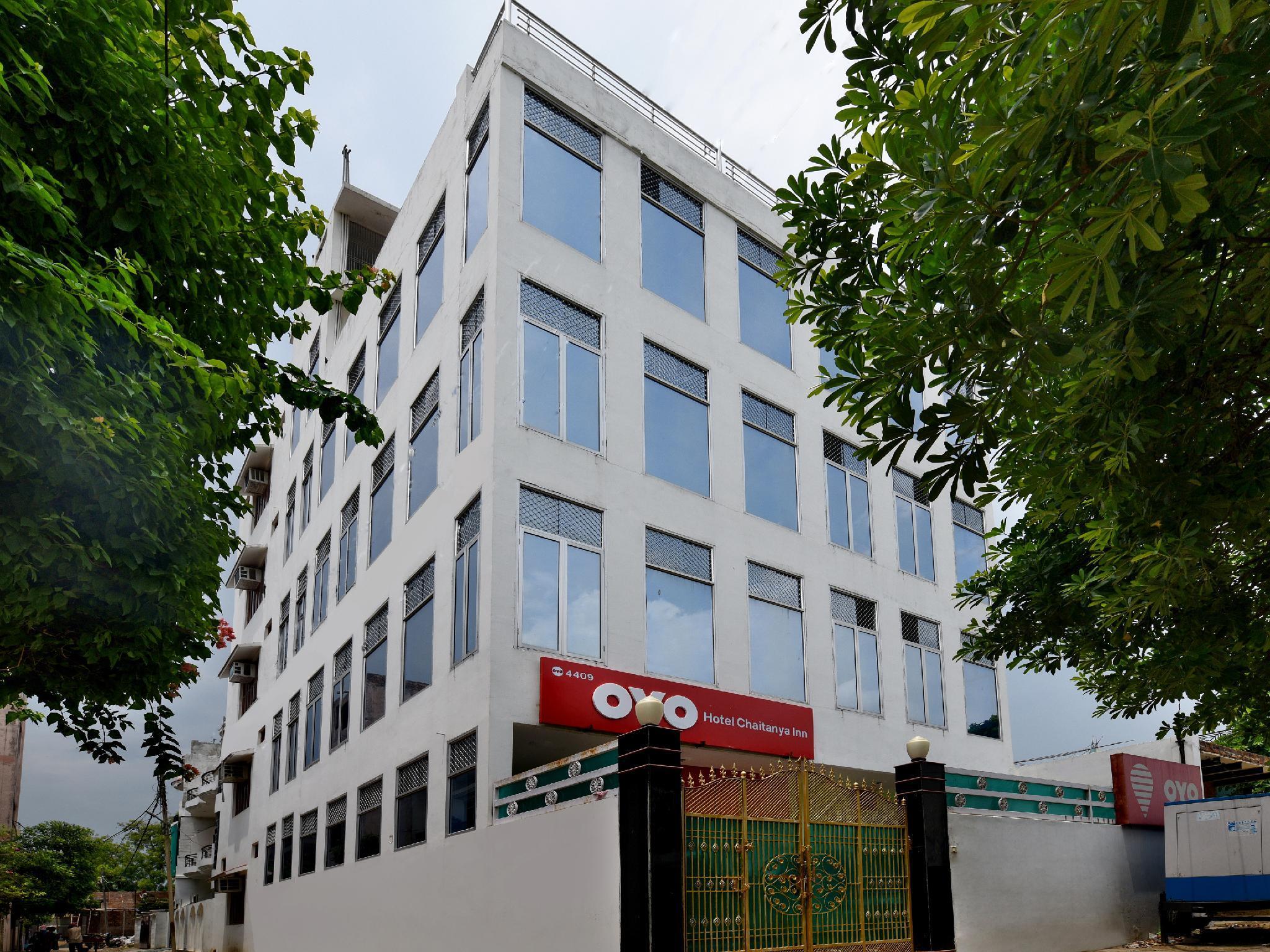 OYO 4409 Hotel Chaitanya Inn