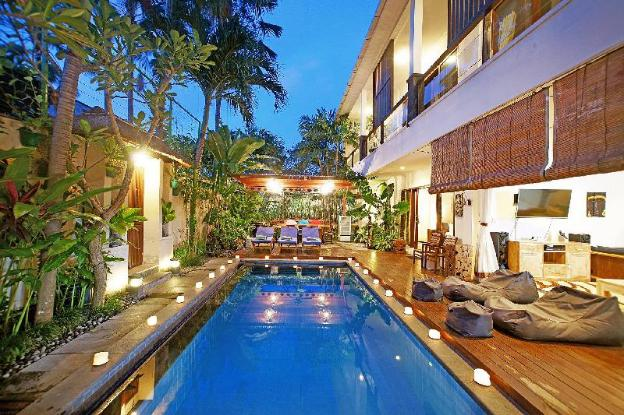 Villa Alleira Seminyak Close to Eat Street & Shop