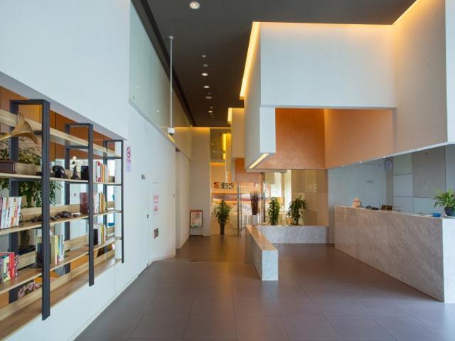 Jinjiang Inn Select Shanghai Fengxian Baolong Square North Yunhe Road