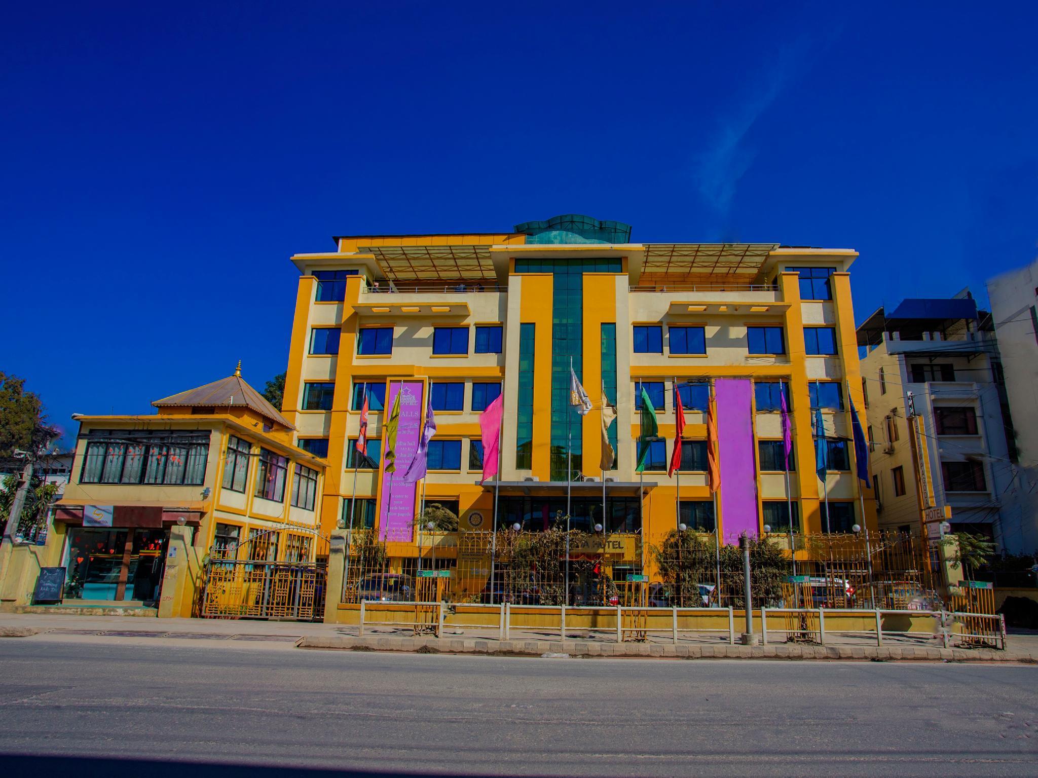 Capital O 338 Hotel Yellow Pagoda