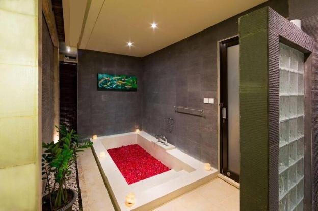 Modern 3-bedroom Puteri Villa