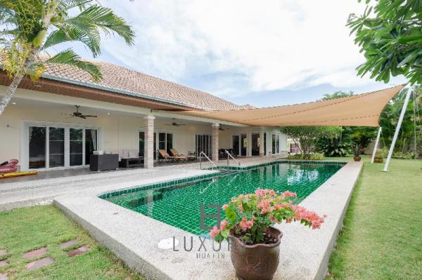 Private Pool Villa With 3 Bedrooms OPH3 Hua Hin