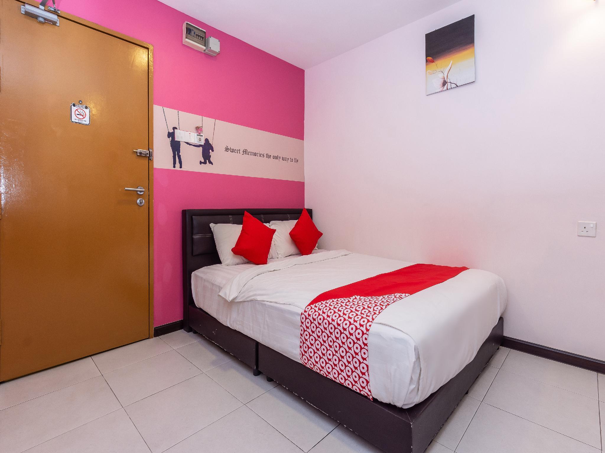 OYO 954 Sweet Memories Hotel