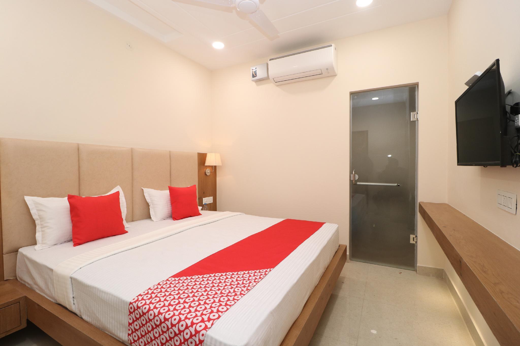 OYO 30638 Hotel Rivaayat Inn