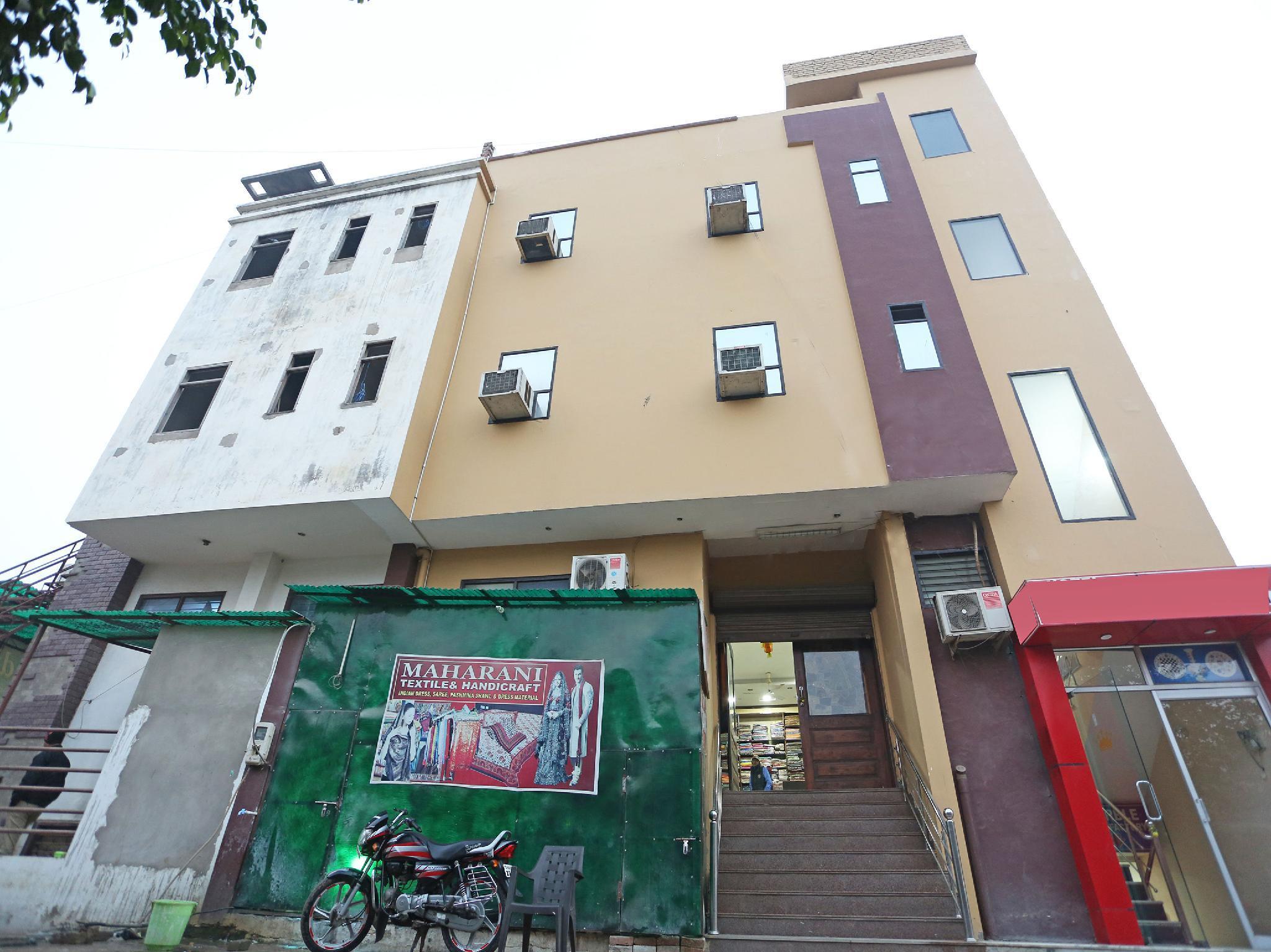 OYO 11540 Hotel Star Inn