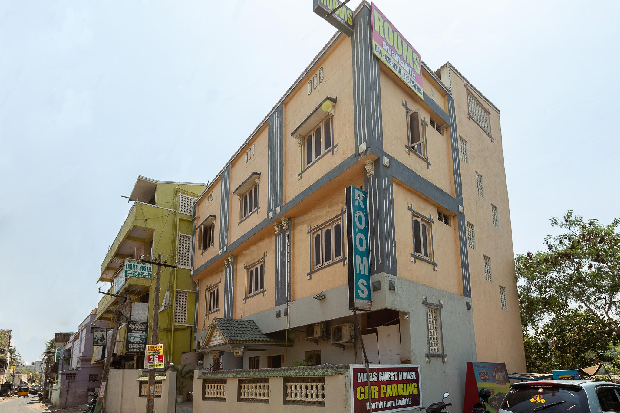 OYO 29805 Mars Guest House