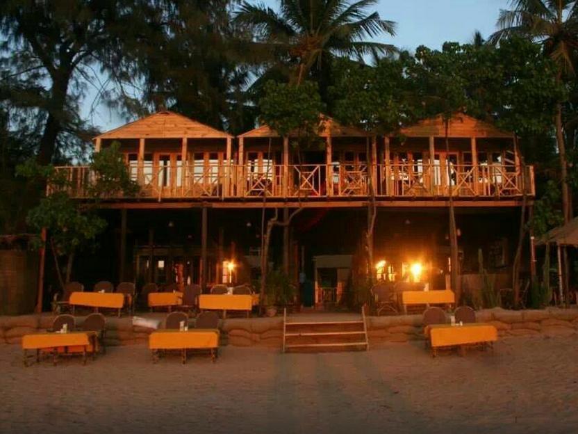 Sand Sapphire Beach Cottages
