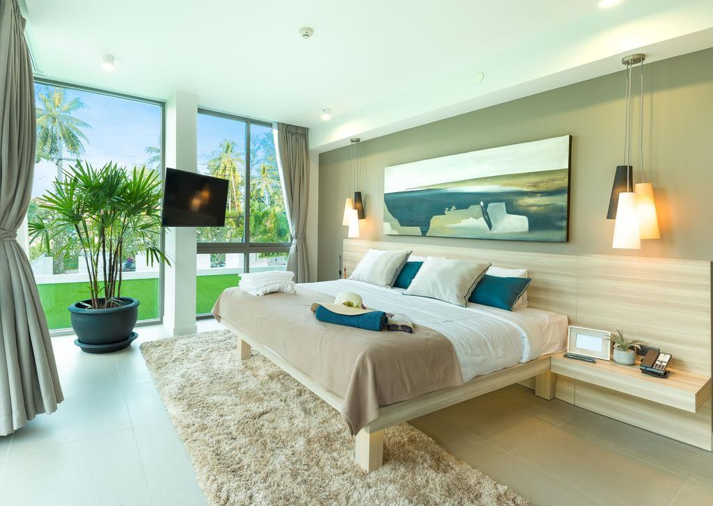 Oceanstone 312 By Holy Cow