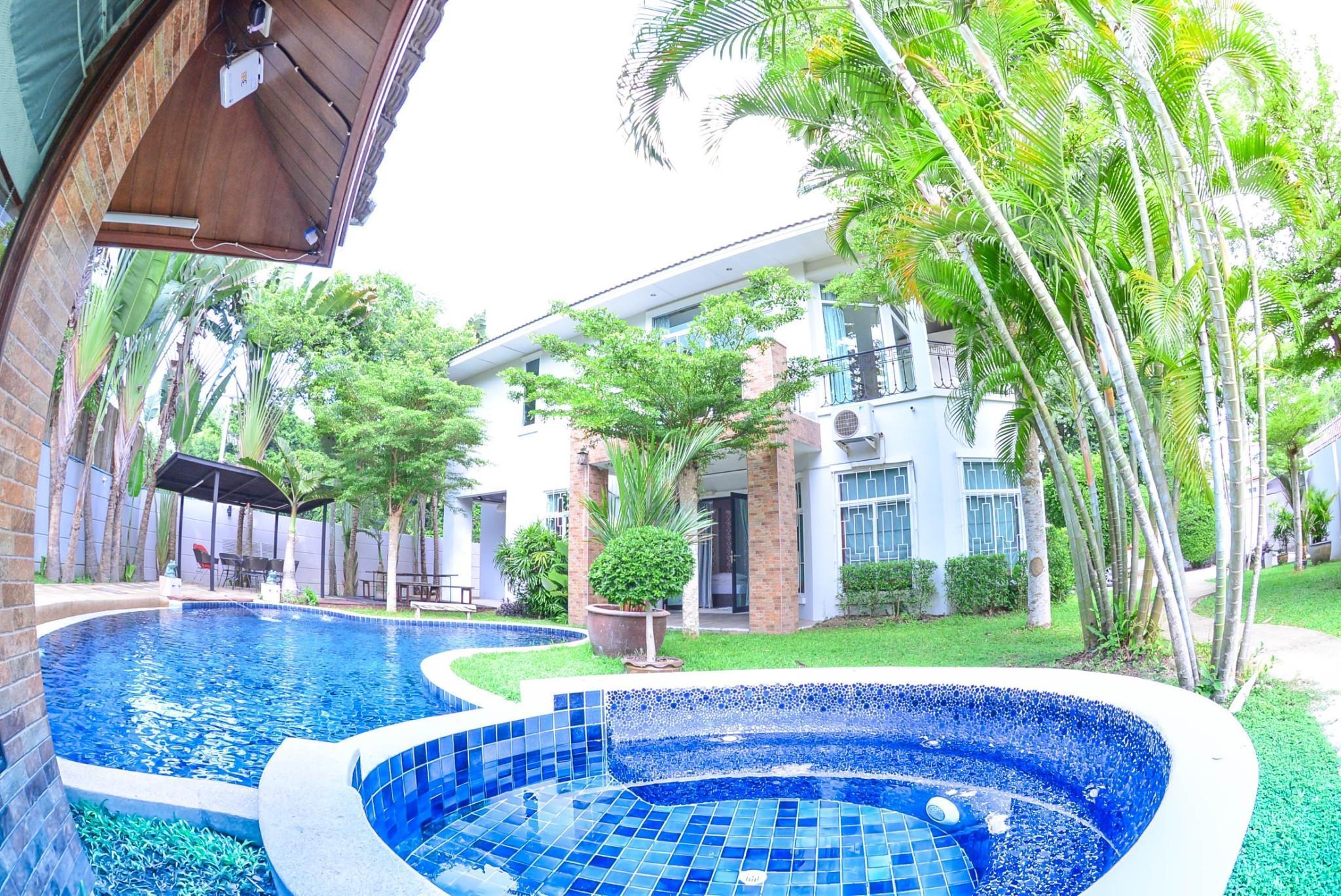 Tawanron Villa