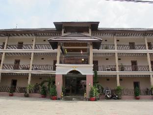 コーワンブリ ホテル Korwanburi Hotel