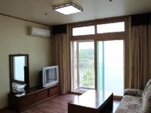 Il Sung Jeju Beach Resort
