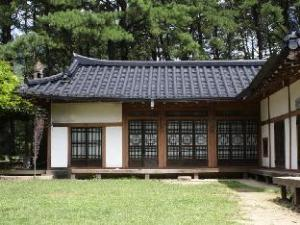 Jangnakwon Hanok Guesthouse