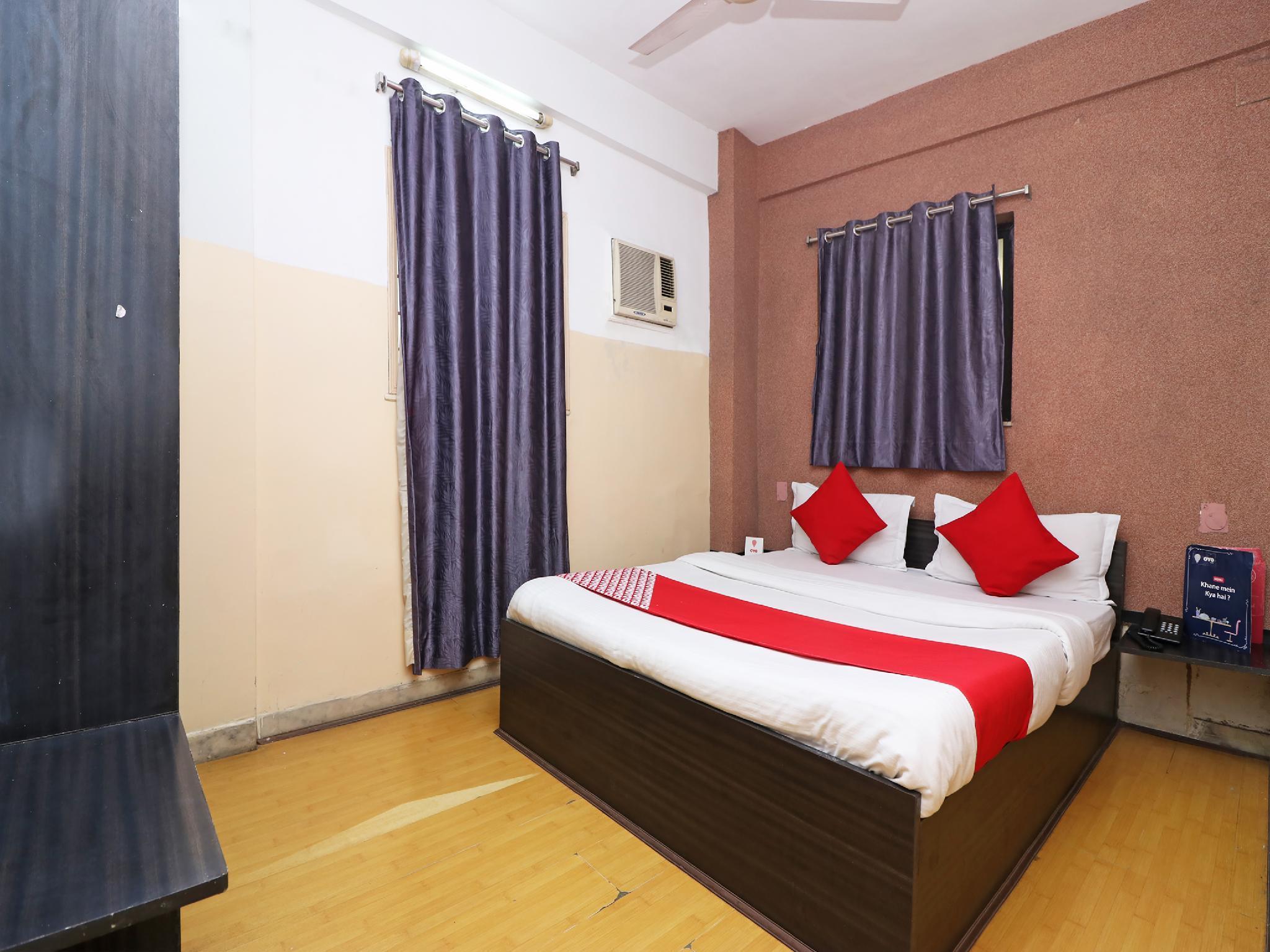 OYO 4219 Ratnakar Residency