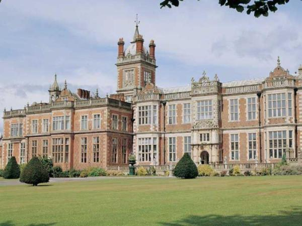 Crewe Hall - QHotels Crewe