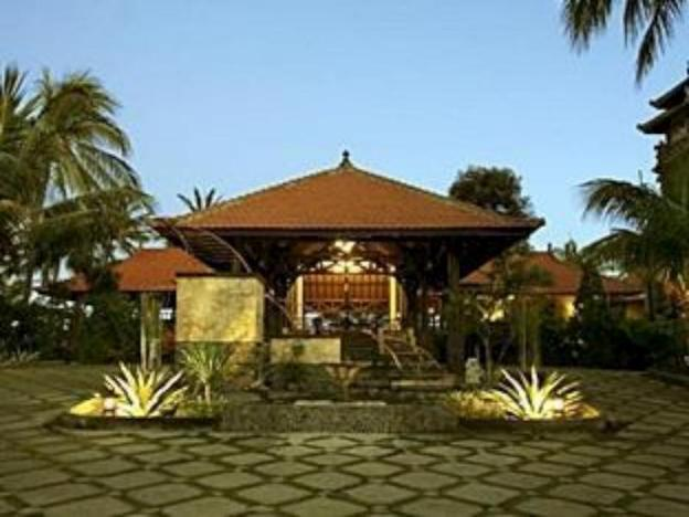 Nugraha Lovina Seaview Resort and Spa