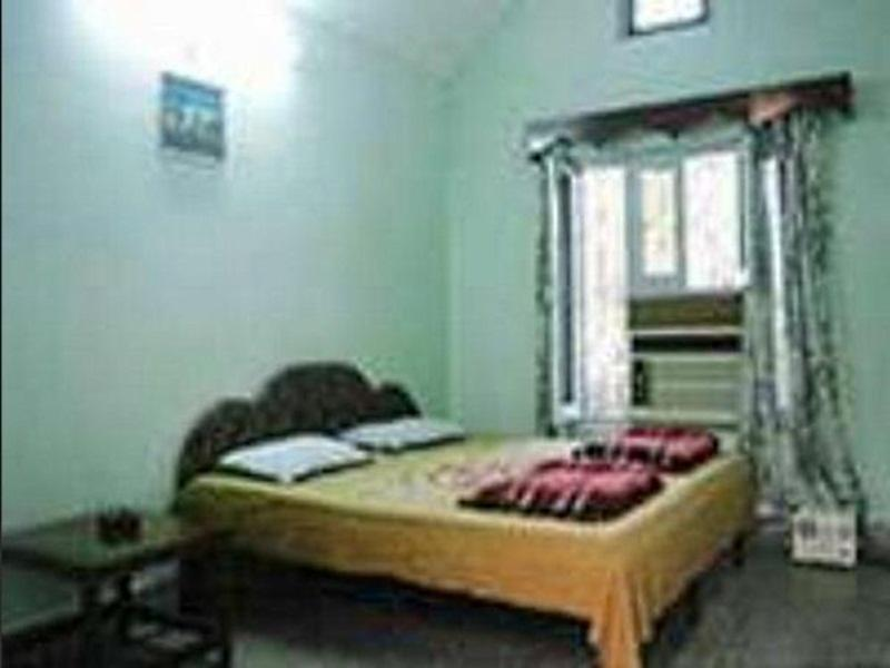 Price Uttaranchal Tourist Guest House