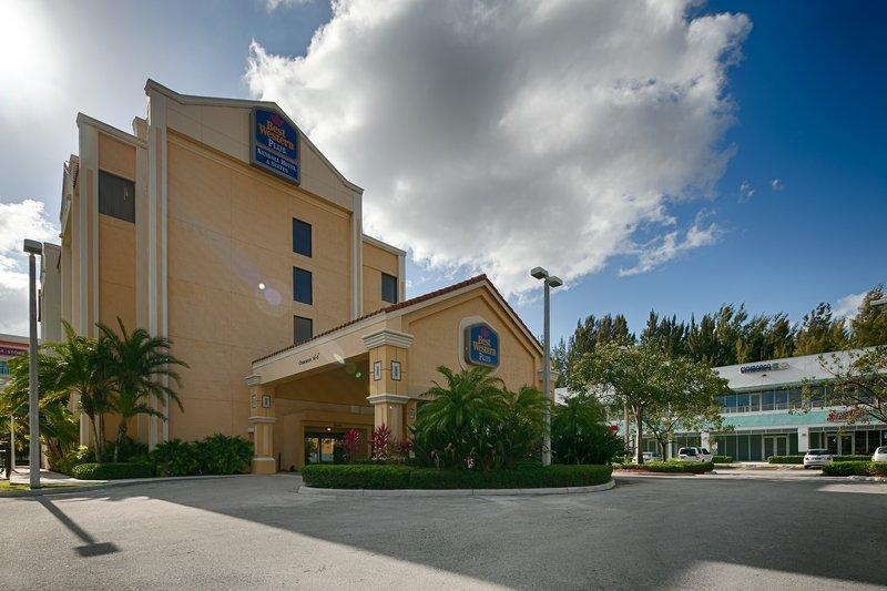 Best Western Plus Kendall Hotel And Suites