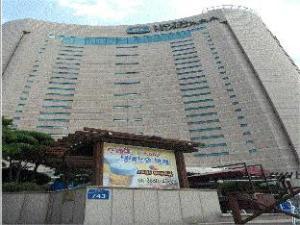 ナイアガラ ホテル (Hotel Niagara)