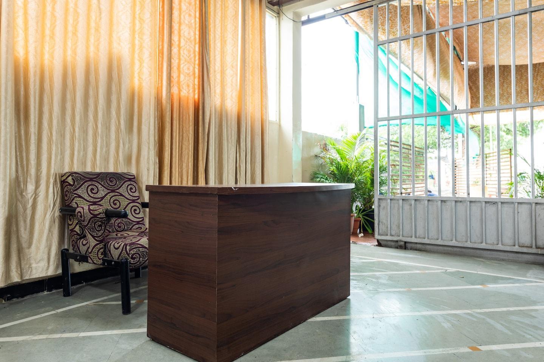 OYO 33484 Hotel Prashanti