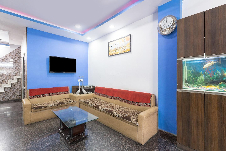 OYO 22231 Hotel Utsav