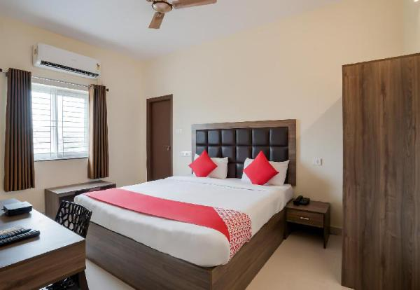 OYO 28637 Gokul Grand Hyderabad