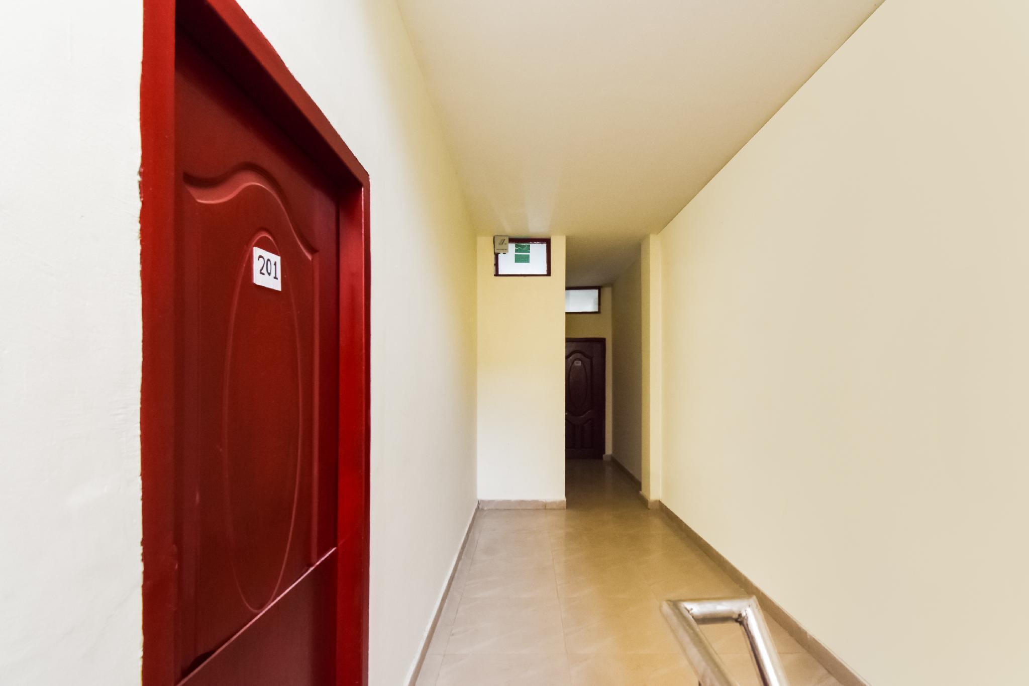 OYO 27716 Anand Inn