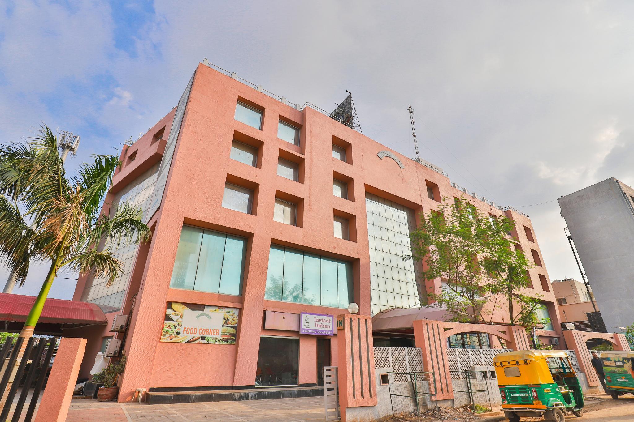Capital O 37475 Hotel Orchid
