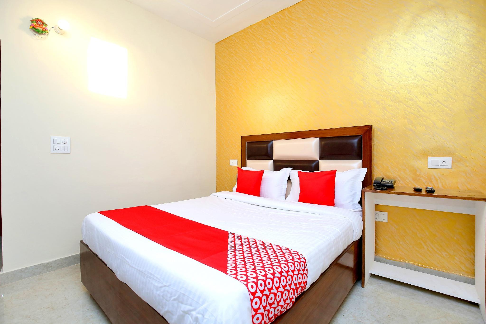 OYO 37441 Crown Resorts
