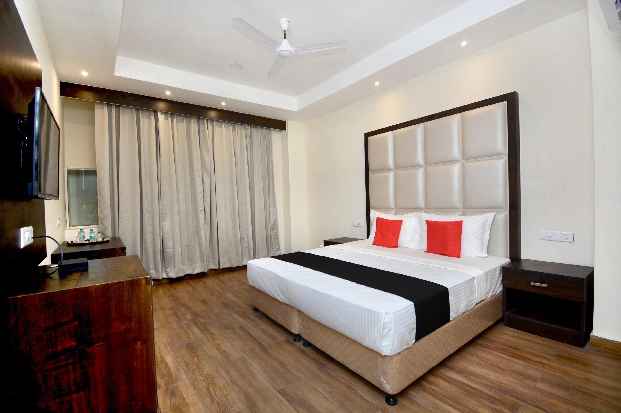 Capital O 37234 Reejas Inns' N' Suites
