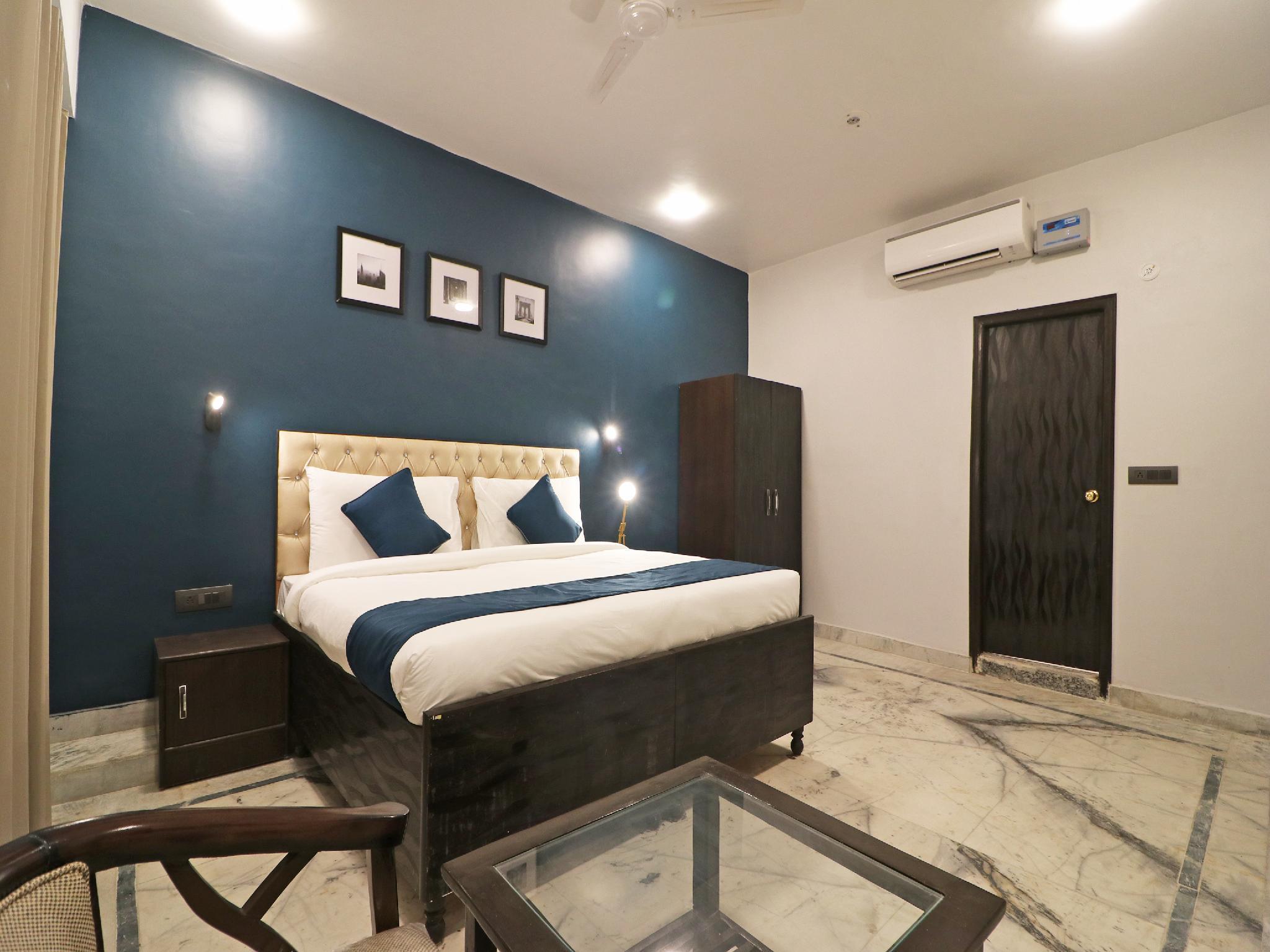 SilverKey Executive Stays 36995 Ambika Inn Complex