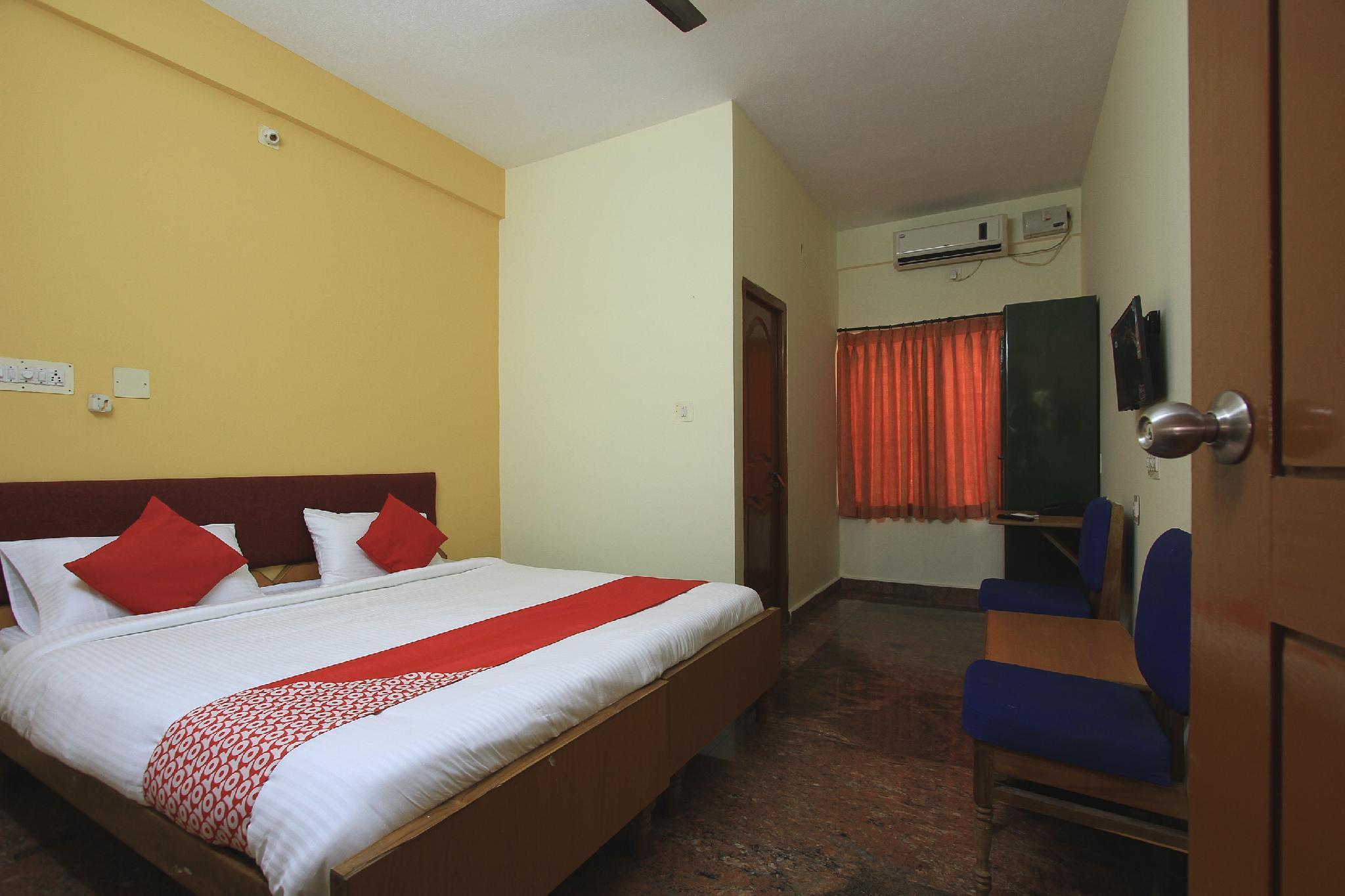 OYO 36676 Maharaja Comforts