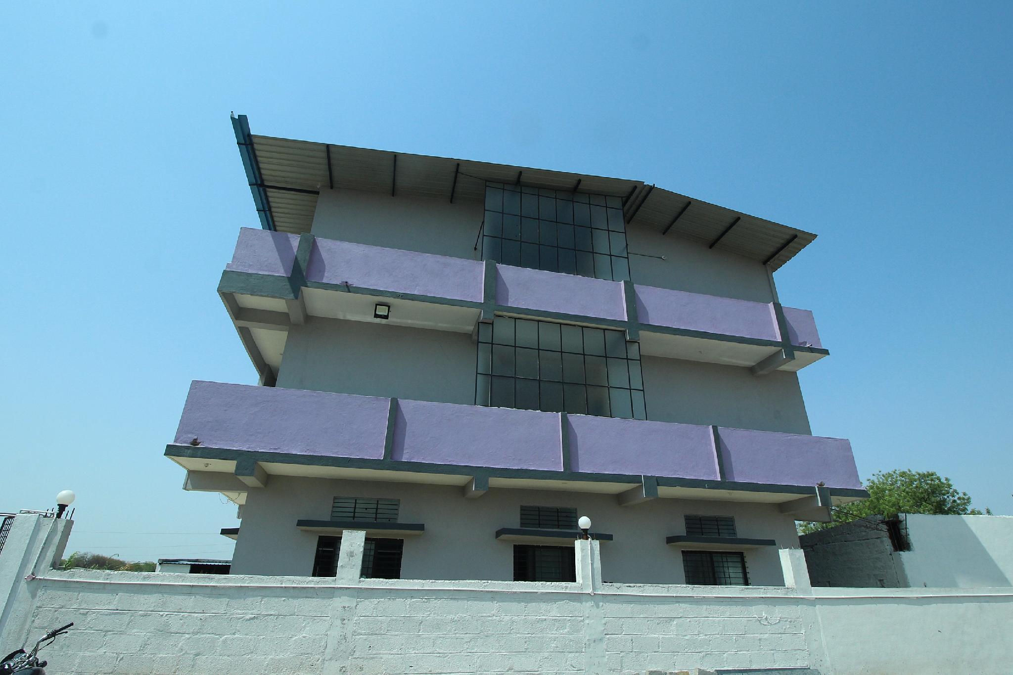 SPOT ON 39385 Venkatesh Palace