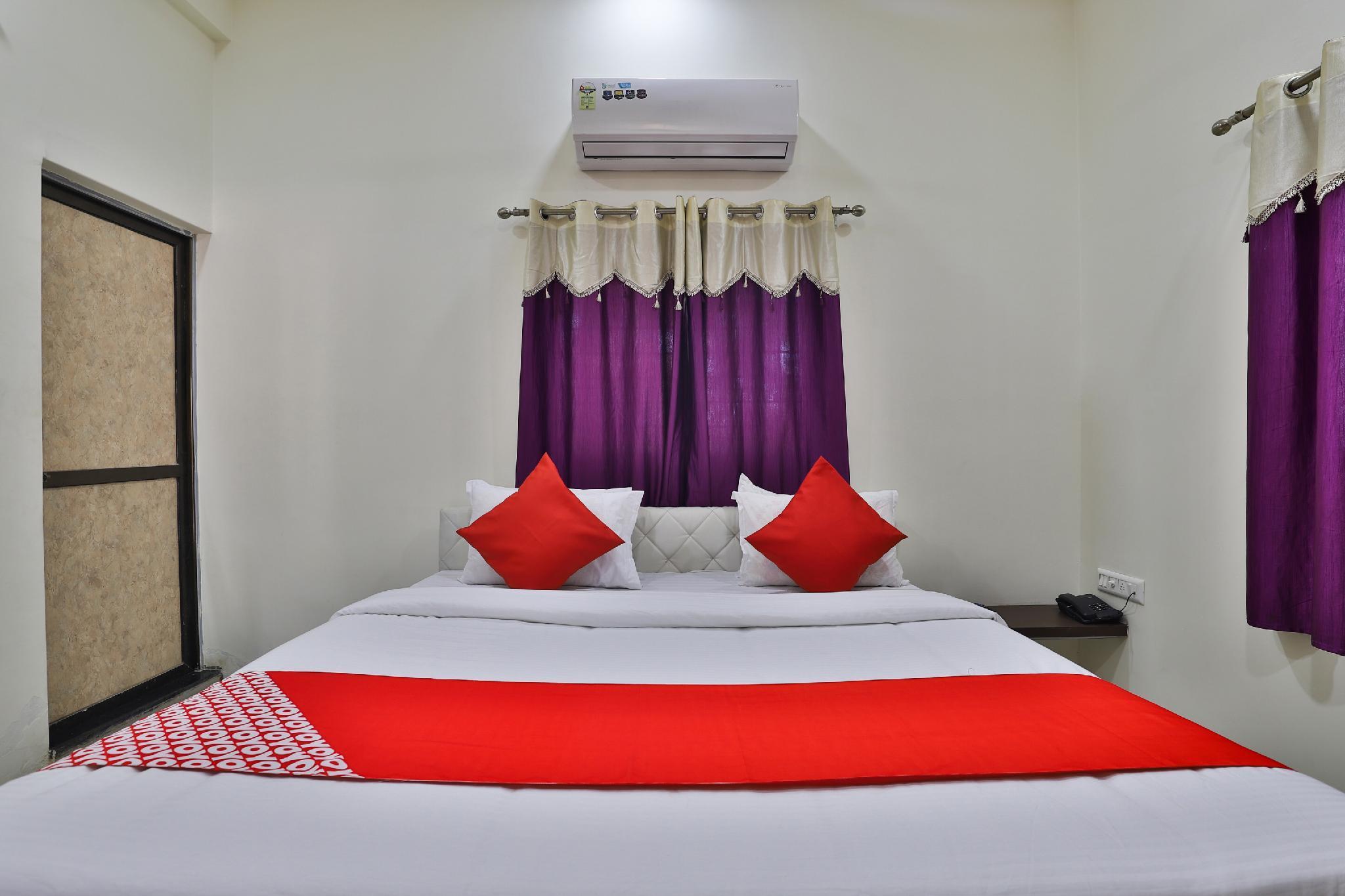 OYO 38589 Rajguru Guest House