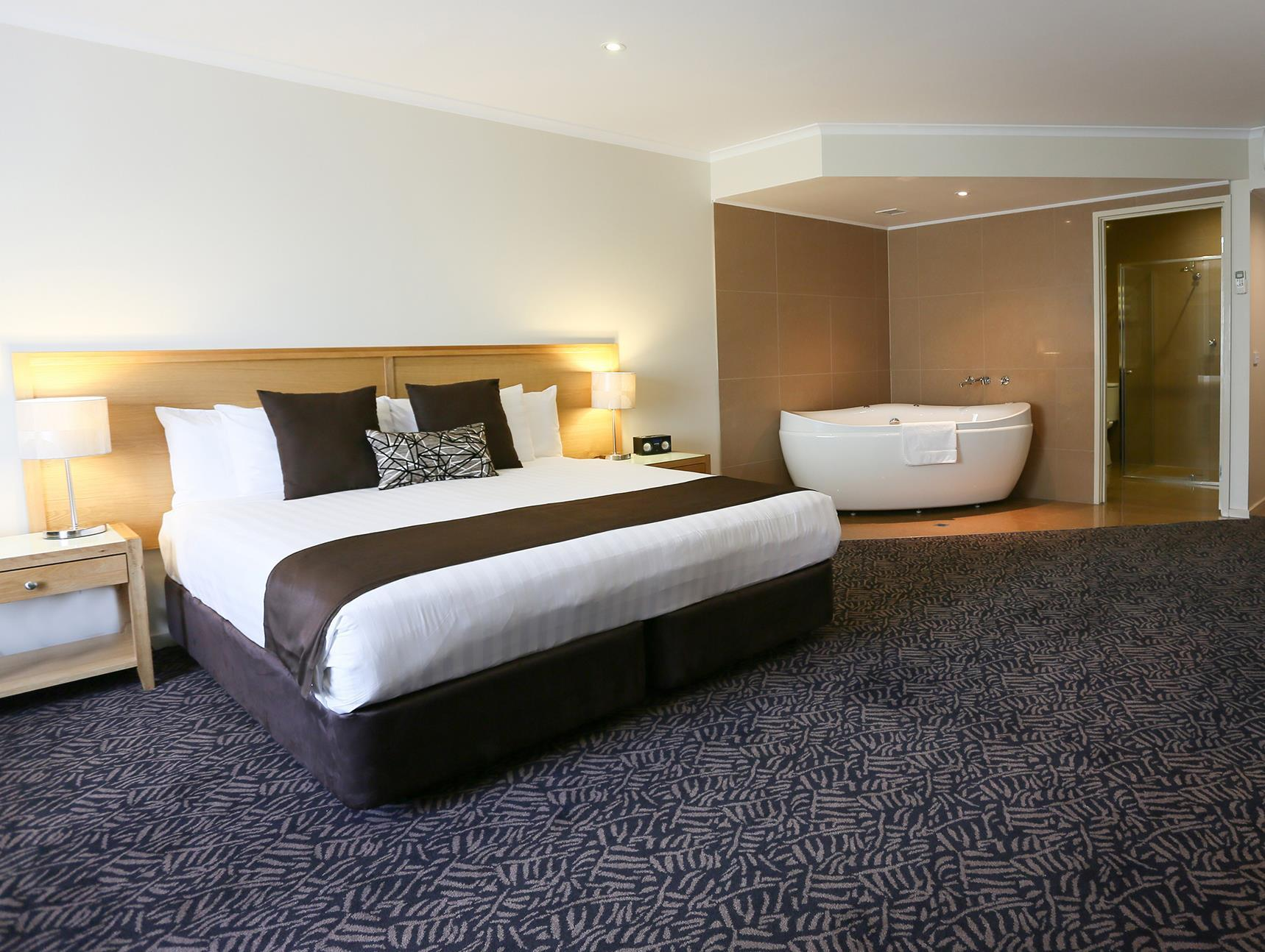 Review Best Western Plus Albury Hovell Tree