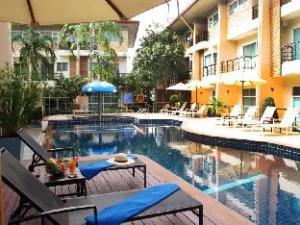 Wonderful Pool Guesthouse at Kata
