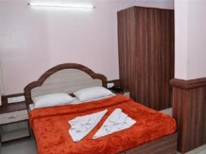 Sri Shambhavi Comforts Apartment