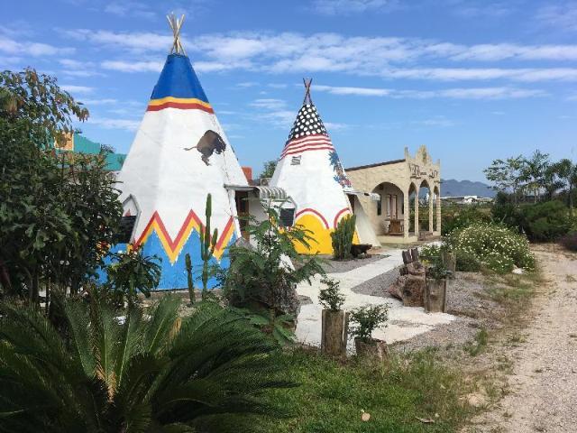 แม่สาย ปาล์ม คันทรี รีสอร์ท – Maesai Palm Country Resort