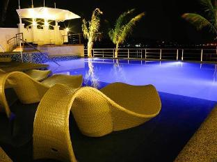 picture 3 of iCove Beach Hotel