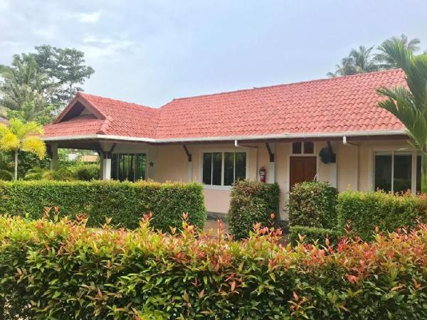 L1, Cosy Cottages with 1 pool to share Koh Lanta