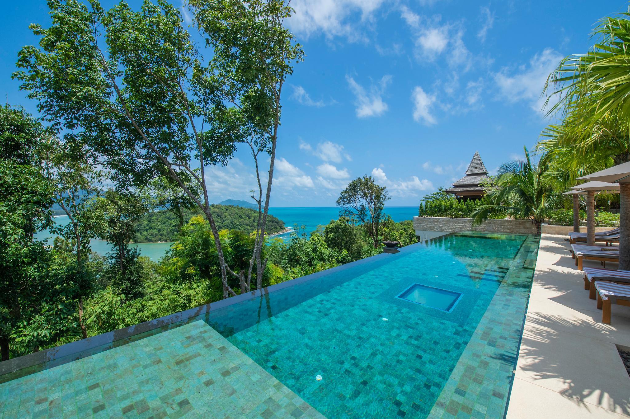 Five Bedroom Sea View Residence