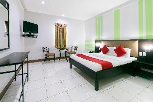 picture 1 of OYO 176 Bliss Hotel